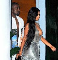 Kim-Kardashian-Cleavage-Boobs-7.jpg