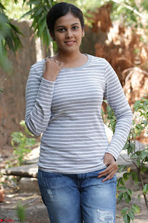 Actress Chandini in ed Tight Top at Ennodu Yilayadu tamil movie press meet ~  54.jpg