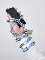 Akıllı telefon, zincir, telefon bağımlısı