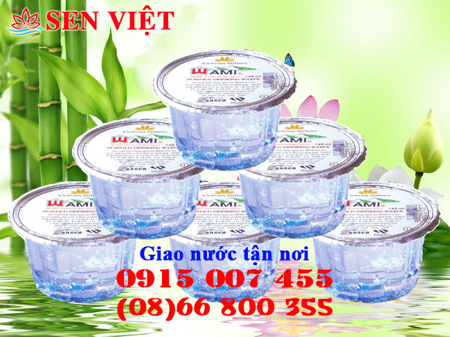 nuoc suoi ly nhua dung tich 140ml thung 60 hop nho