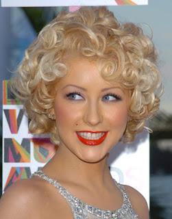Christina Aguilera Short Hair Celebrity Hair Cuts