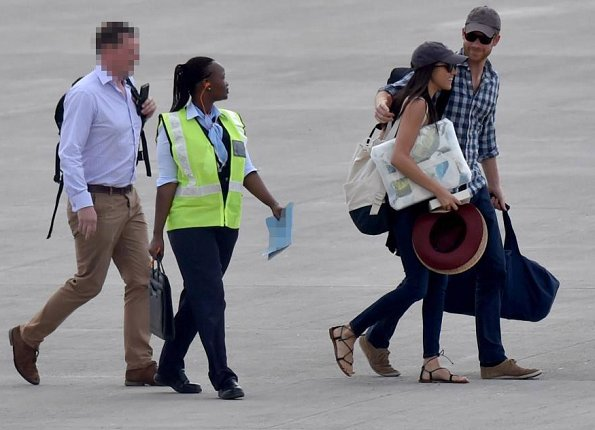 Prince Harry of England and his girlfriend Meghan Markle went to Africa for African safari and Meghan's 36th birthday