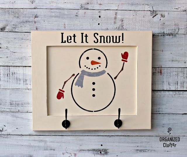 Child's Room Snowman Wall Hooks Sign #childsroom #snowman #stencil #kidswinterwear