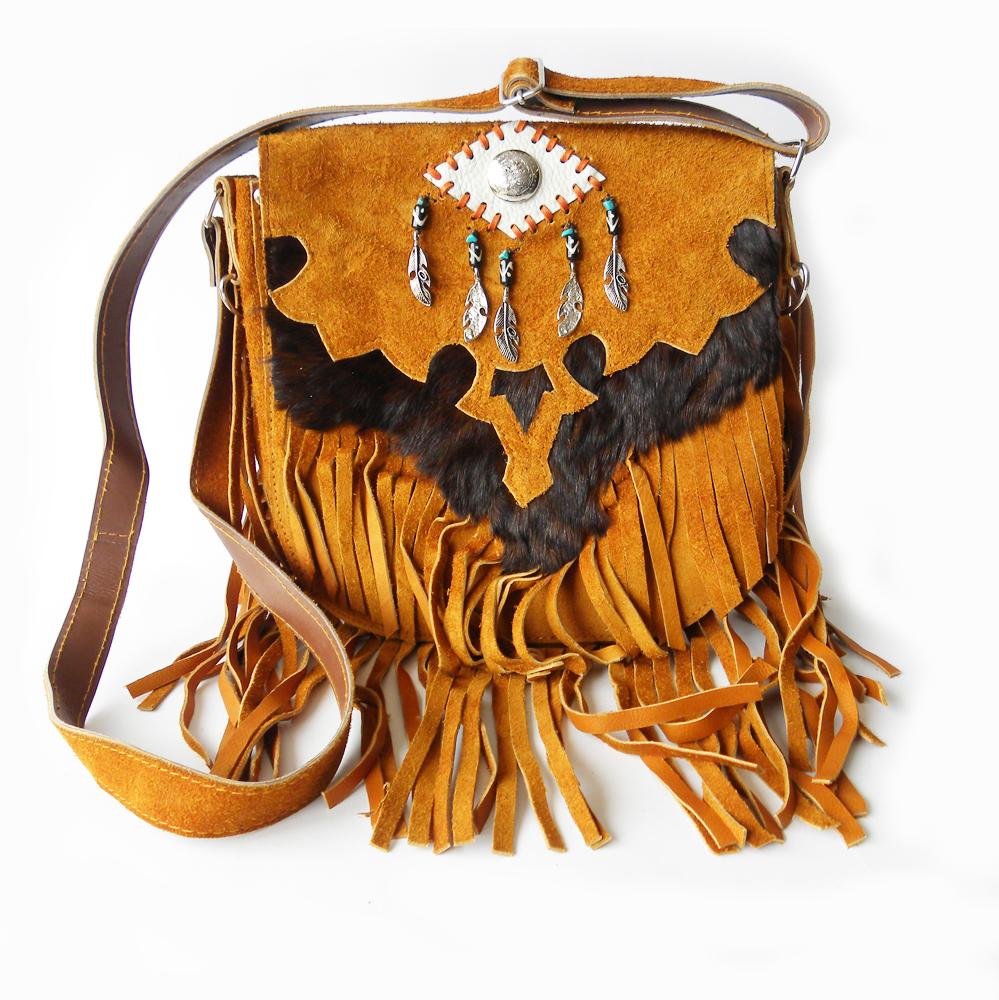 5b446a6ab01 149,95 www.fabstyle.nl #fabstyle #boho #ibiza #handgemaakt #handmade #tas  #bag #suede #leer #koeienhuid #vacht #fringe