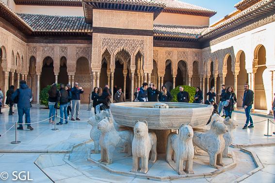Alhambra de Granada. 10 ideas para conocer España estas vacaciones