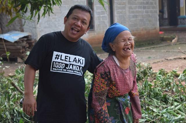Janda yang ditemui Mustafa adalah mereka para lansia yang butuh bantuan dan dukungan.