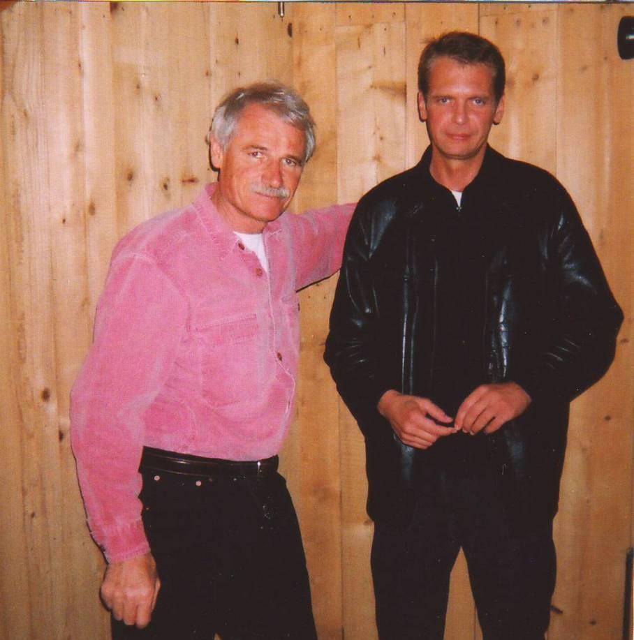 Yann Arthus-Bertrand & Klaus Guingand - 2002