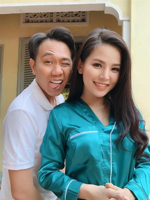 """Tất tần tật về quan hệ của hot girl mì gõ Phi Huyền Trang và """"bạn trai"""" trong bóng tối"""