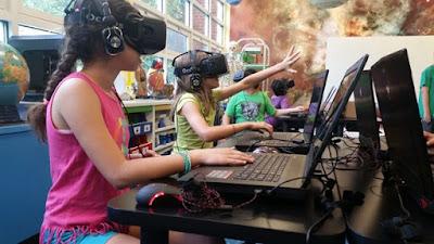 """Lebih Dekat Dengan Dunia Virtual : Cara Menghindari """"VR Sickness"""""""