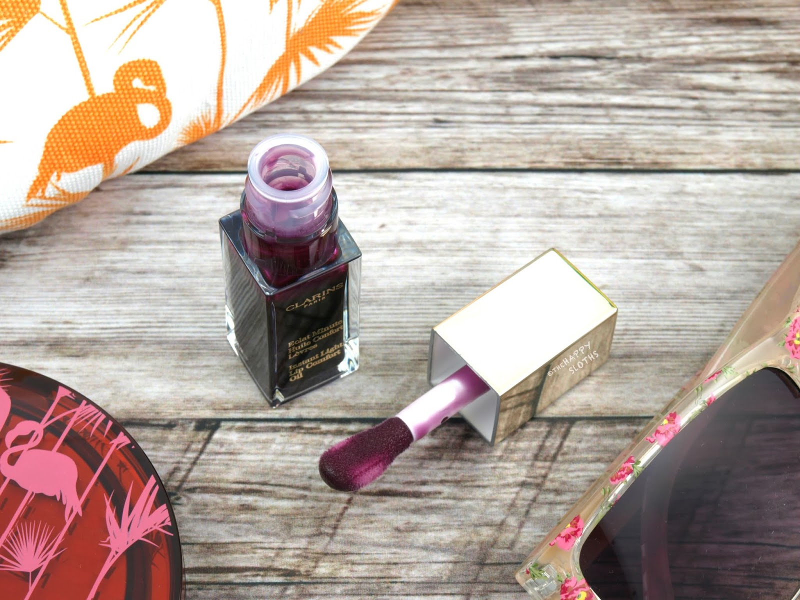 "Clarins | Instant Light Lip Comfort Oil in ""06 Blackberry"": Review and Swatches"