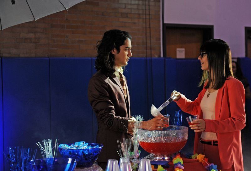 NickALive!: Victoria Justice And Avan Jogia Are The ...