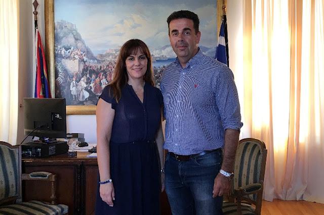 Συνάντηση του Δημάρχου Ναυπλιέων Δημήτρη Κωστούρου με την Περιφερειακή Σύμβουλο Ελένη Παναγιωτοπούλου