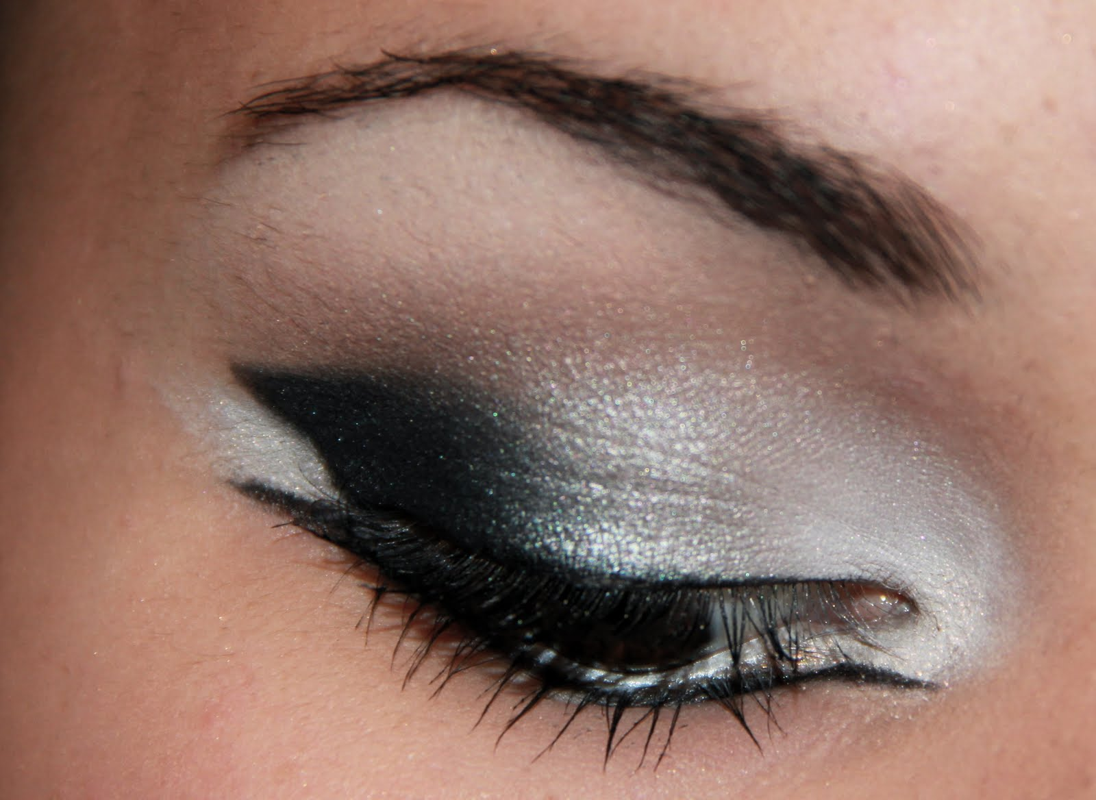 Dramatic Cat Eye Makeup Kailan Marie A Beauty And