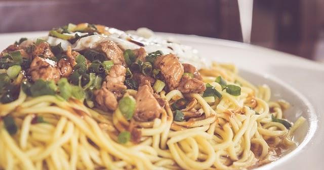 19 Bahaya Ibu Hamil Makan Mie Instan