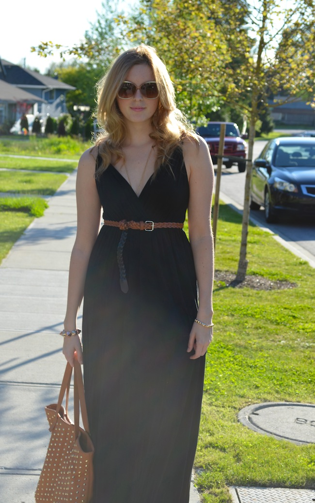 How to Style a Maxi Dress in the Summer
