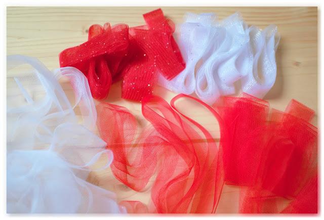 bandes de tulle blanc et rouge à paillettes