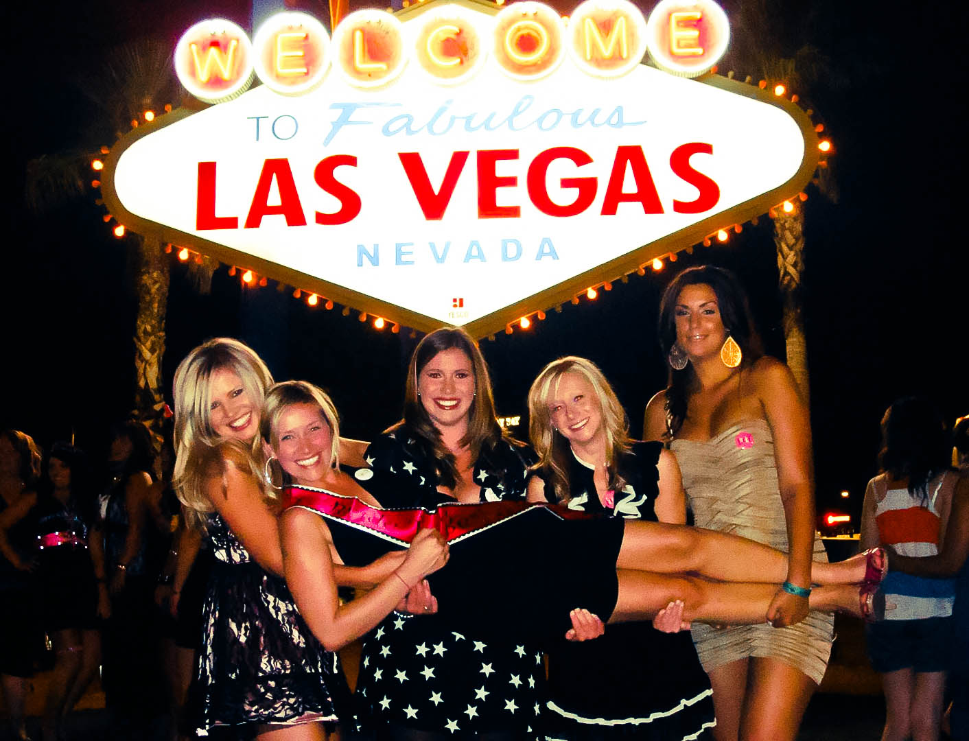 suburbs of utopia welcome to fabulous las vegas. Black Bedroom Furniture Sets. Home Design Ideas
