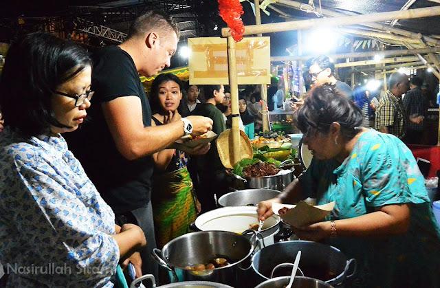 Berburu makanan di Pasar Kangen Jogja