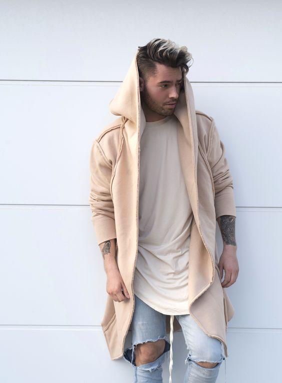 Cardigan cor creme claro masculino com calça rascada  moda Calitta Brasil