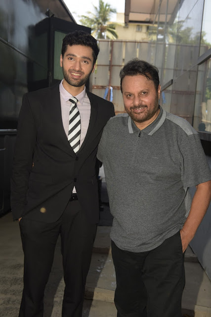 2. Utkarsh Sharma with Anil Sharma during Mahurat ceremony  of the film GENIUS
