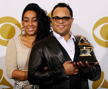 israel Houghton wife divorced