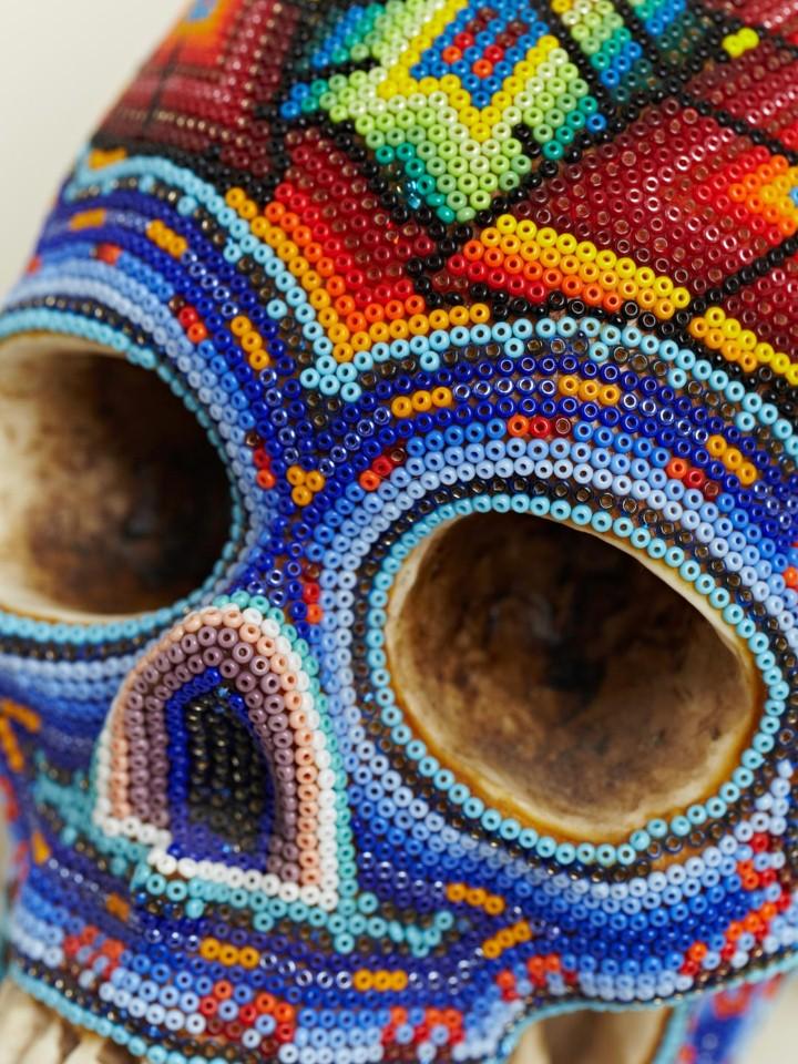 Изысканные черепа. Huichol Skull 4
