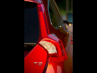 volvo v60, getaway, competition, twitter,