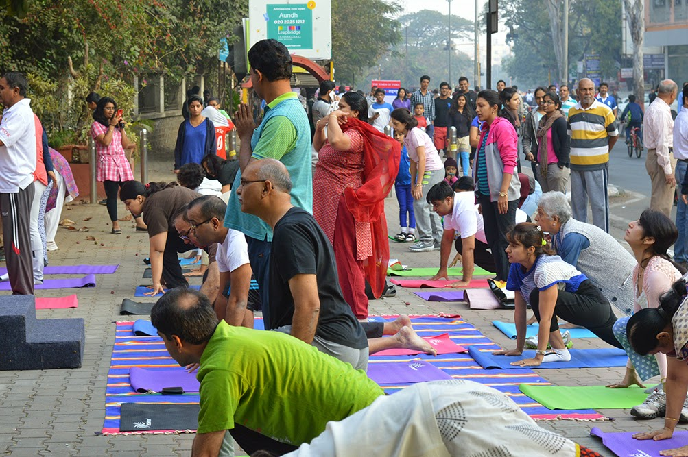Happy Street Pune Yoga elderly