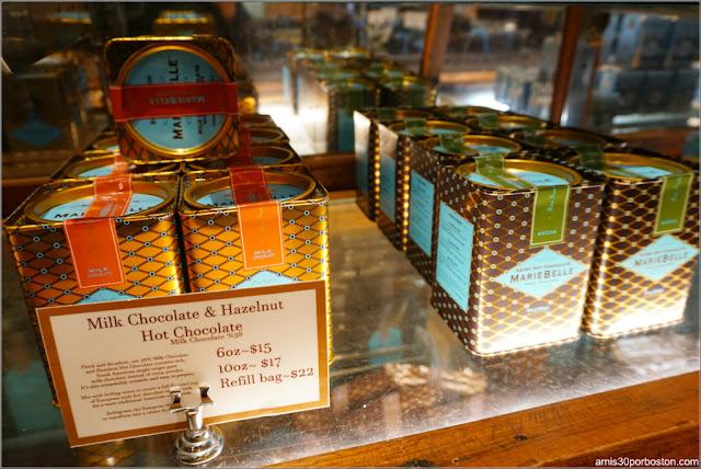 Chocolatería MarieBelle: Latas de Cacao