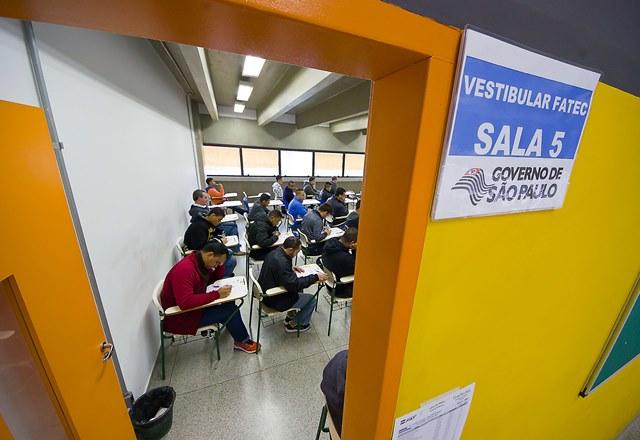Para concorrer a uma das vagas, candidato deve ter concluído ou estar cursando o Ensino Médio ou equivalente (Gastão Guedes/Divulgação/GSP)