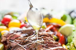Fajita Salad with Steak (Whole30, Low Carb, Keto)