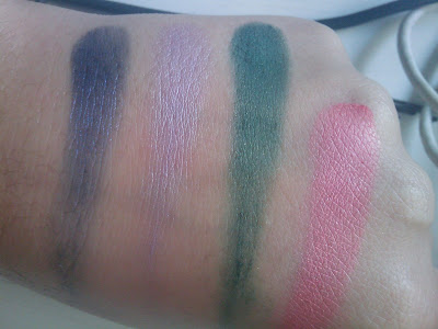 swatches sombras essence
