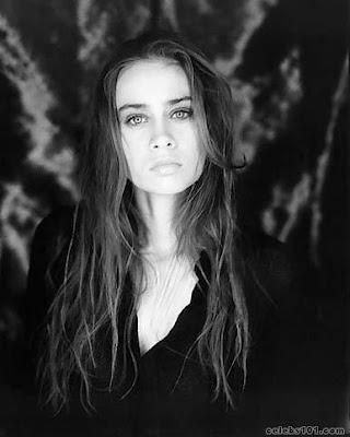 """Traducción al español de """"Sullen Girl"""", Fiona Apple"""