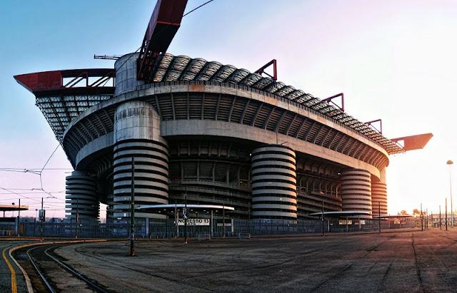 Estádio San Siro visto de fora