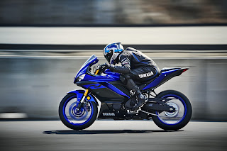 YAM_YZF-R320-lateral