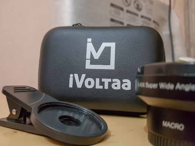universal wide angle lens for mobile phones by iVoltaa