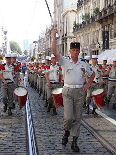 Le dernier 14 juillet du tambour-major de la musique de la Légion DSC00487