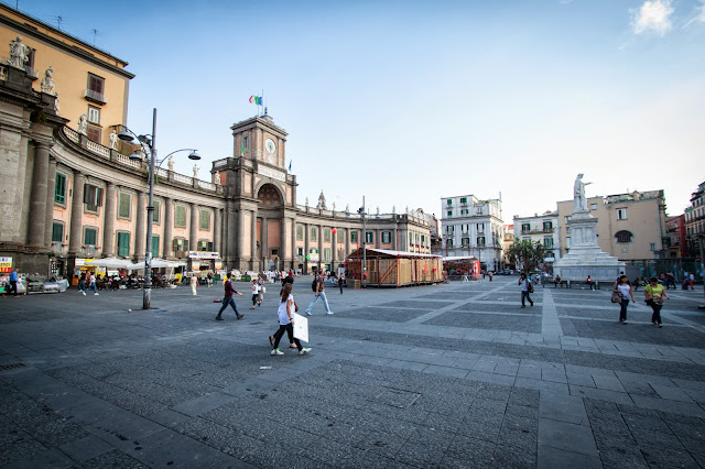 Piazza Dante-Napoli