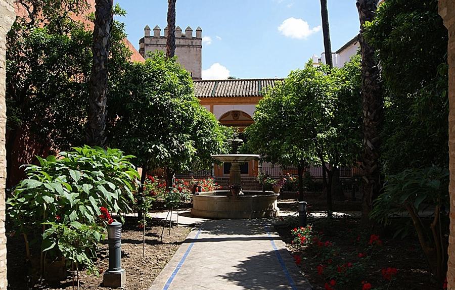 Los jardines de los reales alc zares de sevilla - Jardines verticales sevilla ...