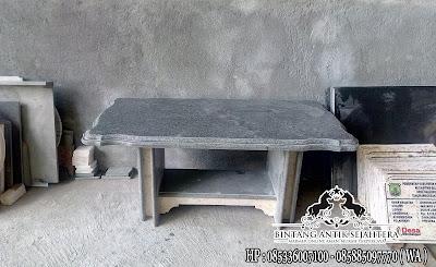 Meja batu alam