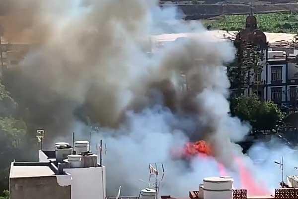 El parque de Las Flores de Arucas, segundo incendio en pocos días
