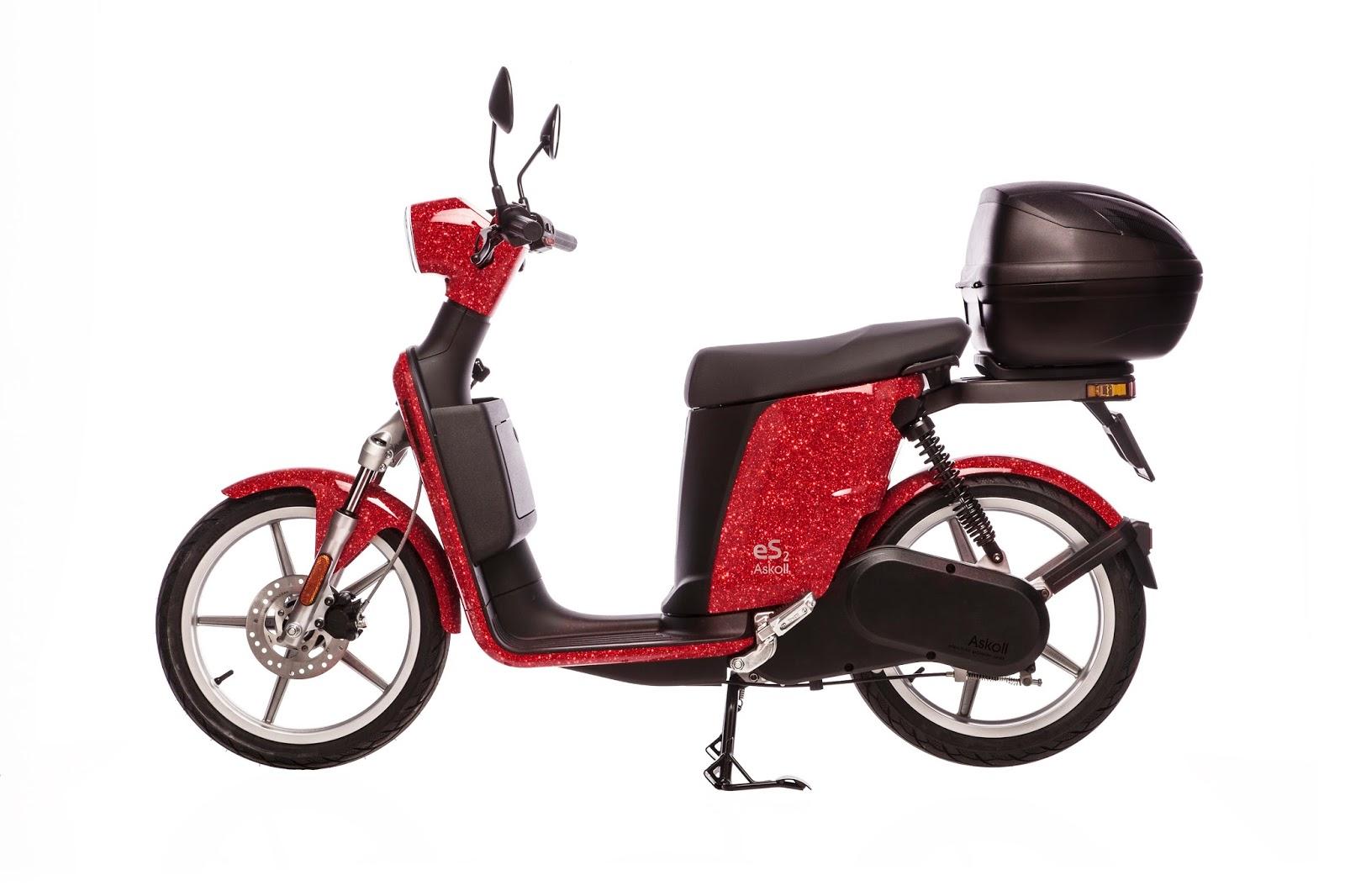 Askoll eS2, idea regalo brillante con lo scooter elettrico in edizione limitata