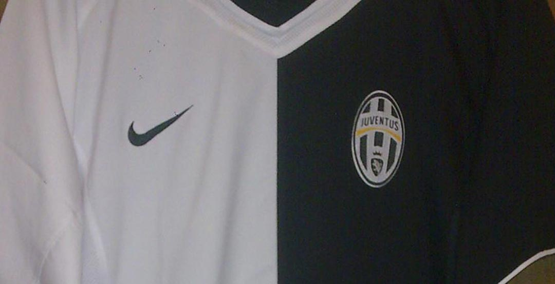 outlet store 492b2 b63bf Nike Juventus 2005 Half-And-Half Anti-Racism Kit vs Adidas ...
