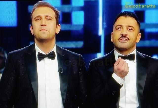 Da incursori a ospiti d'onore. Pio e Amedeo star a Sanremo 2019 [VIDEO]