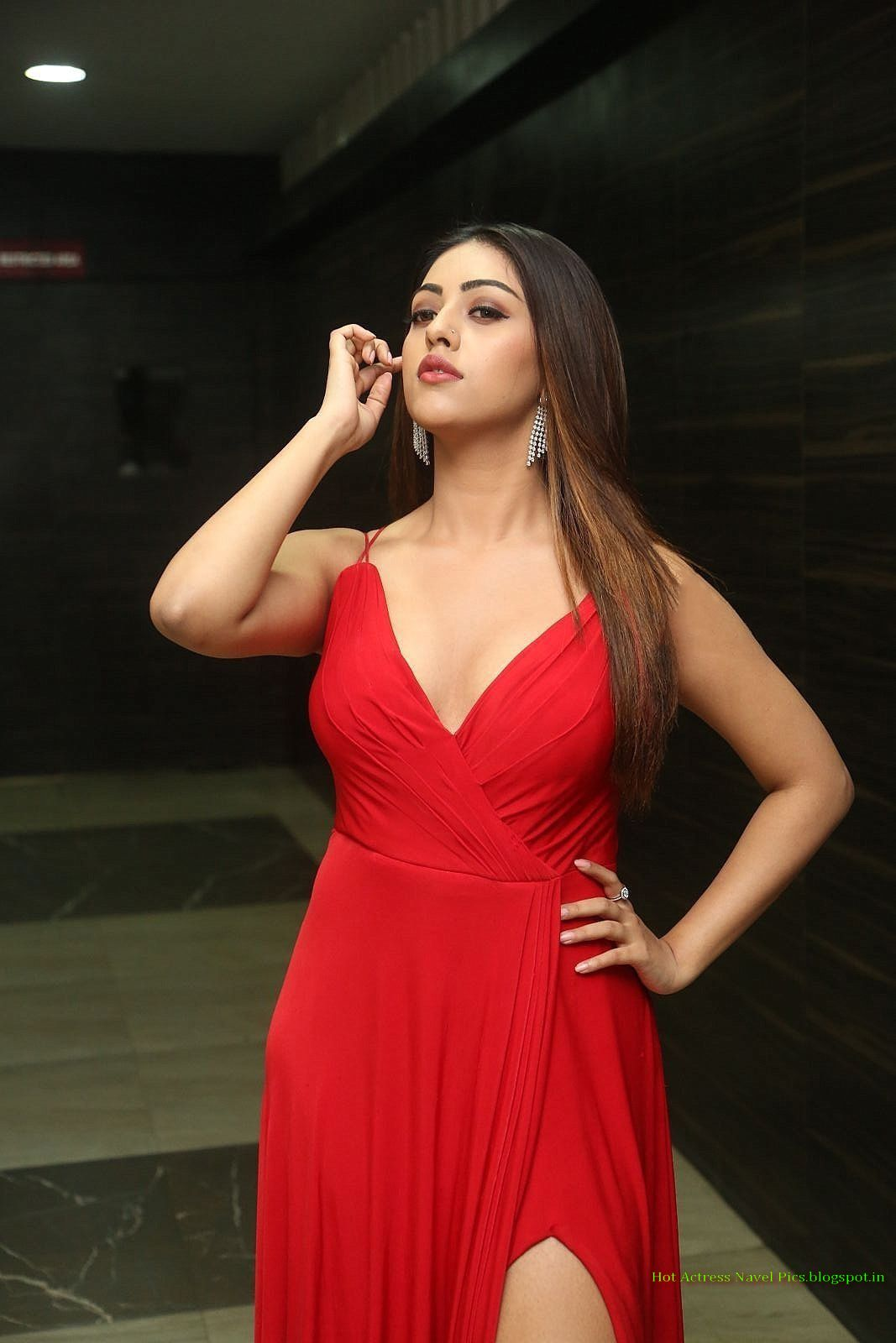 Actress Anu Emmanuel Hot Cleavage Show At Oxygen Telugu