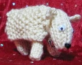 http://translate.google.es/translate?hl=es&sl=en&tl=es&u=http%3A%2F%2Fflutterbypatch.blogspot.com.ar%2F2009%2F05%2Fknitted-sheep-in-woolly-land.html