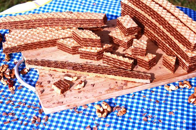 Hrskavi-brzi-čokoladni-sitni-kolač