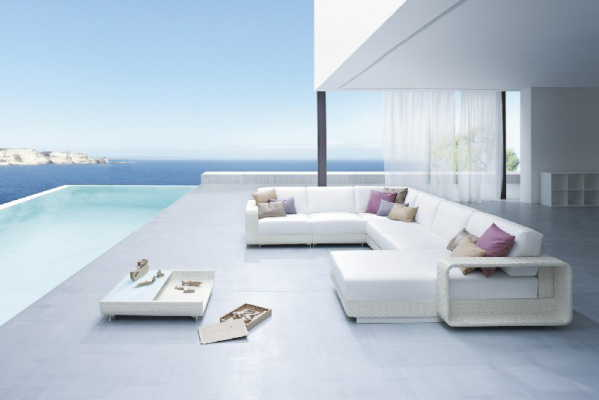 Modern And All Weather Outdoor Furniture By Roberti Ratan