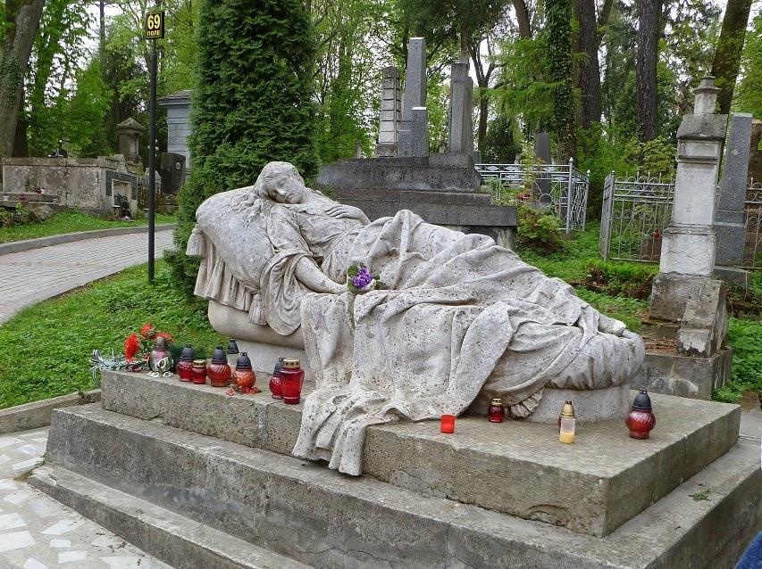 Nagrobek Katarzyny Markowskiej na Cmentarzu Łyczakowskim