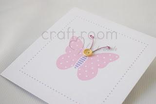 πρόσκληση βάπτισης κορίτσι ροζ πουά πεταλούδα σε μωβ θήκη